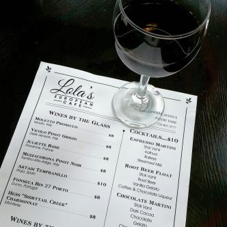 lolas-wine